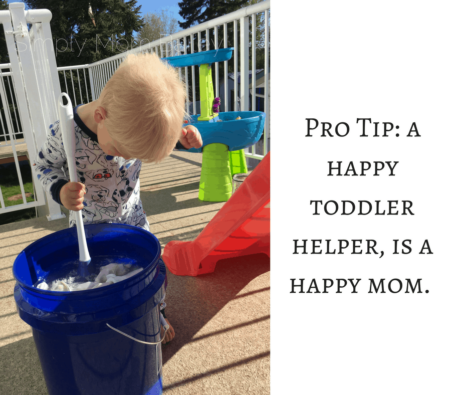 Pro Tip_ a happy toddler helper, is a happy mom. flats challenge - diaper hand wash routine
