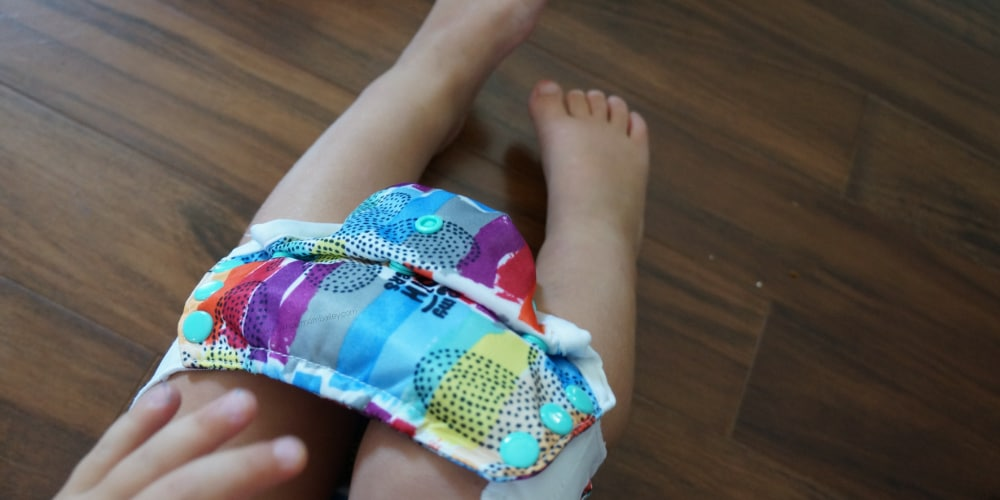 Flip Potty Training Kit with Flip Training Pant - One Size Cloth Training Pant - Pull on Cloth Diaper - Organic - Best - #clothdiaper #pottytraining bumGenius - Stretchy Tabs