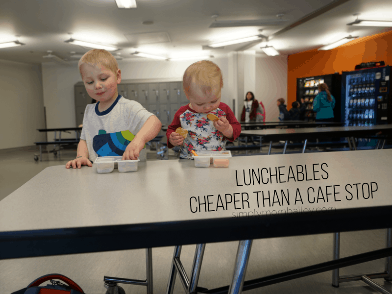 Sourcing Food for Toddlers When Traveling