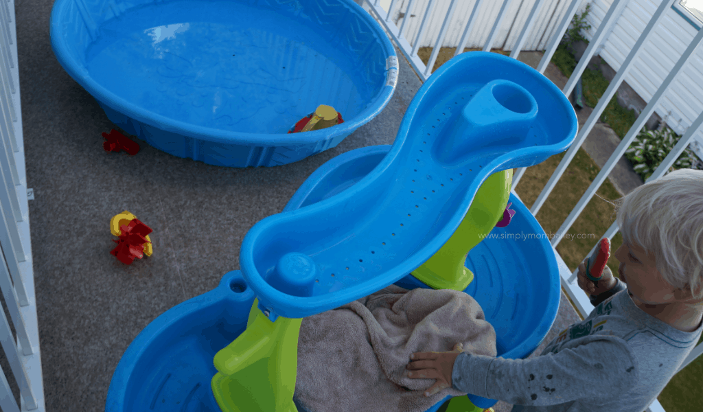 Towel Dry Water Table to keep it Clean this summer