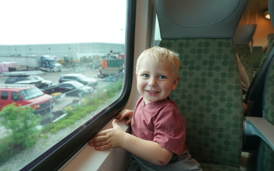 Eastern Ontario Roadtrip - Riding the GO Train with Kids Toronto