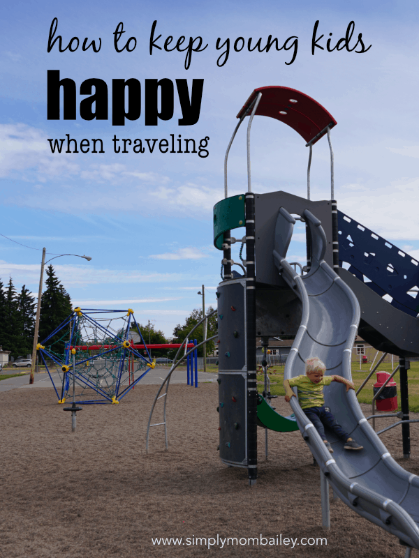 How to Keep Kids Happy when Traveling with Young Kids #roadtrip #familytravel