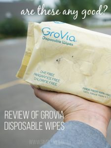 a Review of GroVia Disposable Wipes - Water Wipes by GroVia - Are they any good? #clothdiapers #crunchymom #ecofriendly